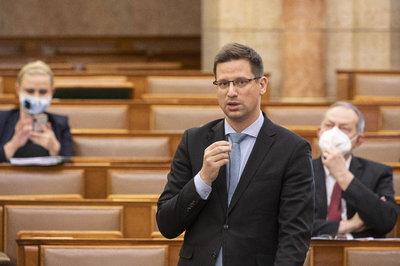 Gulyás Gergely: Magyarország számára a nemzetiségek államalkotó tényezők