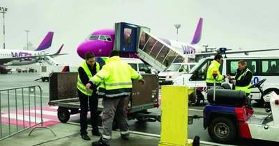Csalibőröndöt nyitottak fel a repülőtér fosztogatói