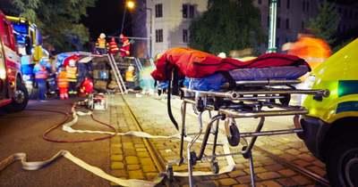 Tömegkarambol – saját lánya holttestéhez riasztották a tűzoltót: az édesapa összeomlott