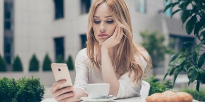 Tele van a Tinder szinglikkel - miért nem találnak mégsem egymásra az emberek?
