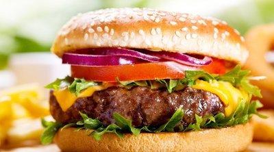 Egy tuti recept: így készül a tökéletes hamburger