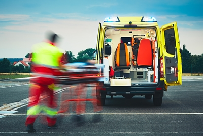 Rengeteg sérültje van a Győr-Moson-Sopron megyei buszbalesetnek - egy ember a helyszínen meghalt