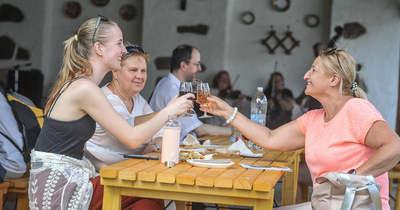 A hőség ellenére igazi fesztiválhangulat kerekedett Gyöngyöstarjánban – Fotók