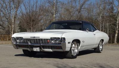 Nyolc henger, négy kerék, két ajtó - Chevrolet Impala Sport Coupe veteránteszt
