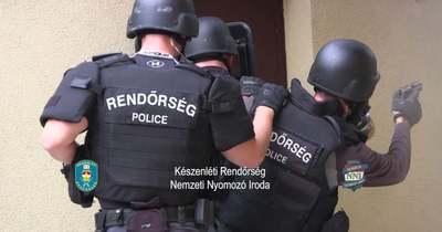Nemzetközi autócsempész bandát számolt fel a magyar rendőrség