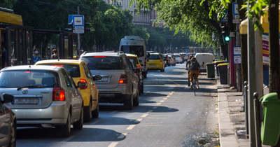 Budapest elesett! Hatalmas dugó mindenhol a fővárosban