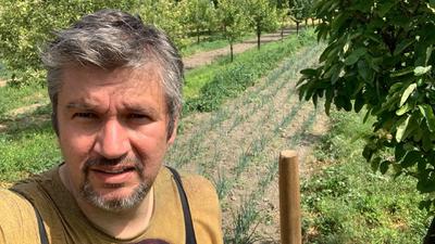 Hadházy ismét a kertészetből üzent a kormánynak