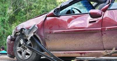 Szalagkorlátnak ütközött egy autó Iváncsa térségében