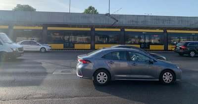Totális a káosz! Leállt az 1-es villamos a Hungárián – már a BKV dolgozói is kiakadtak