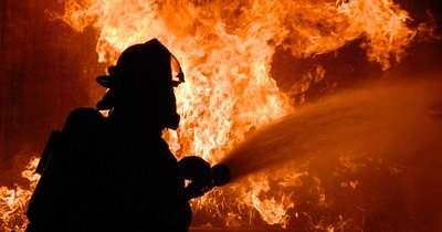 Borzalmas tűz a VI. kerületben, egy középkorú nő meghalt a lakásában
