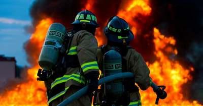 Halálos lakástűz Terézvárosban, a lángok között ragadt  egy középkorú nő