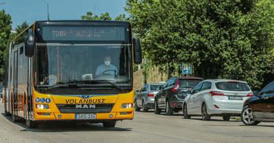 Új, modern csuklós buszokat állítanak be a helyközi közlekedésben