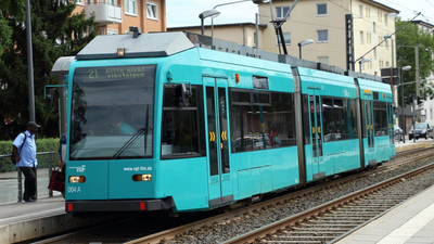 Karácsony a vészhelyzetet kihasználva bólintott rá a használt frankfurti villamosokra