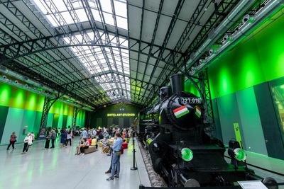 Az Operaház is nemzeti színű világítással készül a magyar-német meccsre