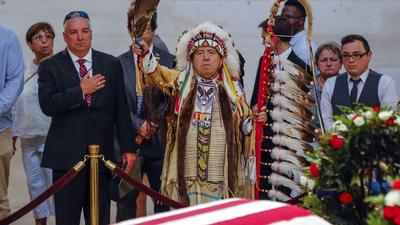 Az amerikai őslakosok bentlakásos iskoláinak múltját vizsgálják Amerikában