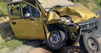 Durva fotók a Környe-Tatabánya közti balesetről: rommá törtek az autók