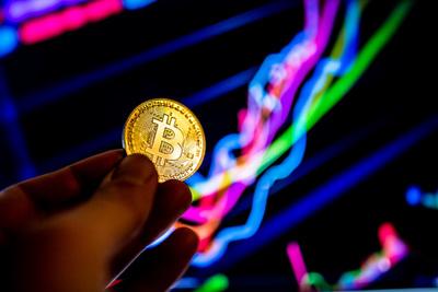 Hatalmas káosz alakult ki a kriptovaluták piacán