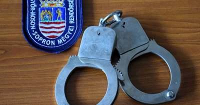 Szökött embercsempészt fogtak a csornai rendőrök Rábacsanakon
