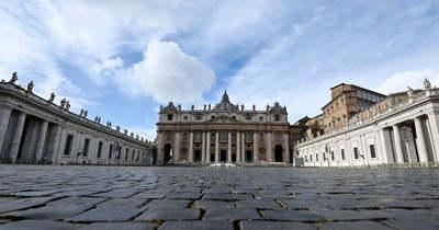 A Vatikán is besokallt a melegpropagandától