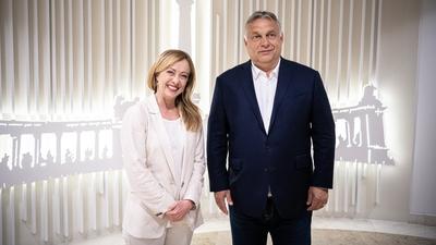 Hadházy háromszor is írt Orbán vacsorájáról