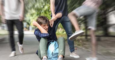 Játszótéren esett neki egy körmendi nő négy kiskorú fiatalnak