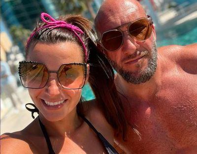Bikinis, fürdőzős képet mutatott Berki Krisztián felesége