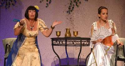 Nagyon megható, Éless Béla özvegye megvalósítja a színész álmát és kézbe veszi az Éless-Szín irányítását