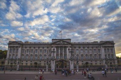 Elmaradtak a turisták a brit koronabirtokokról