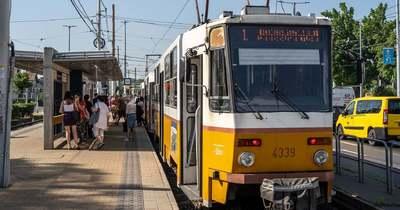 Közlekedési pokol Budapesten: Kilenc óra után beüt a káosz az 1-es villamos vonalán