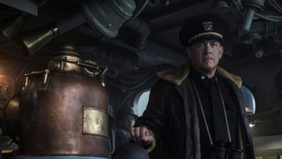 Tom Hanks új háborús filmje egy szűk másfél órás, erősre kevert adrenalinfröccs