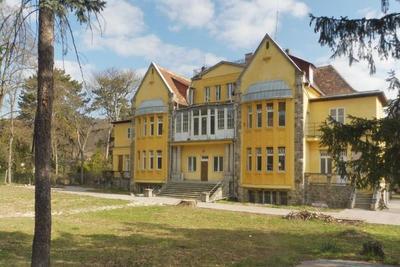 Megtalálták az ország legdrágább albérleteit: egy kastélyt havi 4 millió forintért lehet kibérelni