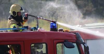 Kombájn égett Mosonmagyaróvárnál, a tarló is kigyulladt