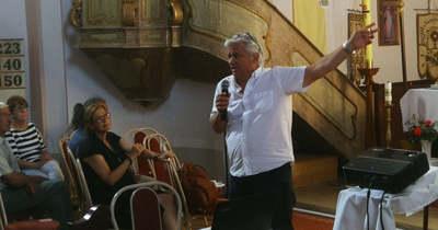 A hitről és a tudományról is beszélt előadásában Csókay András