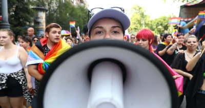 Így vonul át a Pride-menet 2021-ben Budapesten – videó