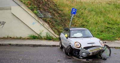 Lezuhant egy autó az Árpád hídról