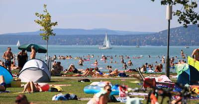 Balaton vs Velencei-tó! Összehasonlítottuk az árakat, így tudsz dönteni?