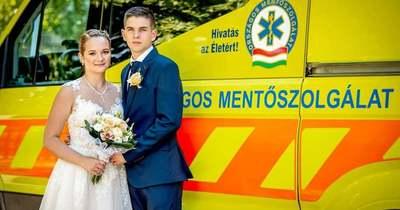 A szerelmet ünnepelték a tatabányai mentőállomáson