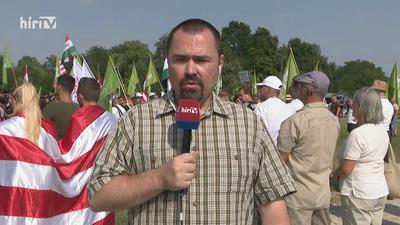 Jászapátin együtt demonstrál a Mi Hazánk és a Betyársereg