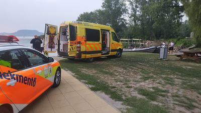 Elsodródott a matrac, Balatonba fulladt egy testvérpár vasárnap délután