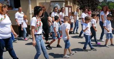 Így táncoltak a kápolnai diákok – csatlakoztak a Jerusalema kihíváshoz (videó)