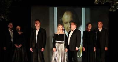 Élő zenés Balázs Fecó-emlékestet tartottak a Veszprémi Petőfi Színház művészeivel