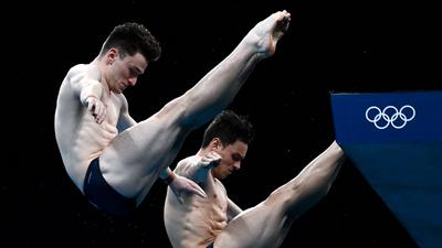 """""""A férjem azt mondta, a fiunk látni fogja, ahogy olimpiát nyerek"""" – mondta a meleg brit toronyugró, aki olimpiát nyert"""