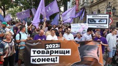 """2022: """"Tovarisi konyec"""" – az ellenzék szerint Orbán már megint megbukott, csak ki kell várni"""