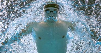 Úszás: Hosszú, Kenderesi és Milák is a döntőért úszik – élőben az NSO-n!