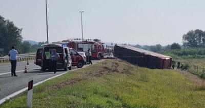 Hatalmas a felháborodás! Kiderült, mi okozta a szörnyű buszbalesetet a horvát autópályán