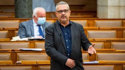 Már a Gyurcsány-párt képviselője is a dugókra panaszkodik