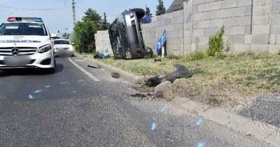 Útpadkának csapódott egy autó Vonyarcvashegyen