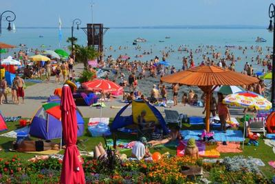 A tavalyi rekordot is meghaladhatja júliusban a belföldi turizmus