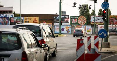 ÚtON: Élénk a forgalom az utakon, két baleset is történt Szegeden