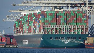 Célba ért a világkereskedelem tengeri mumusa